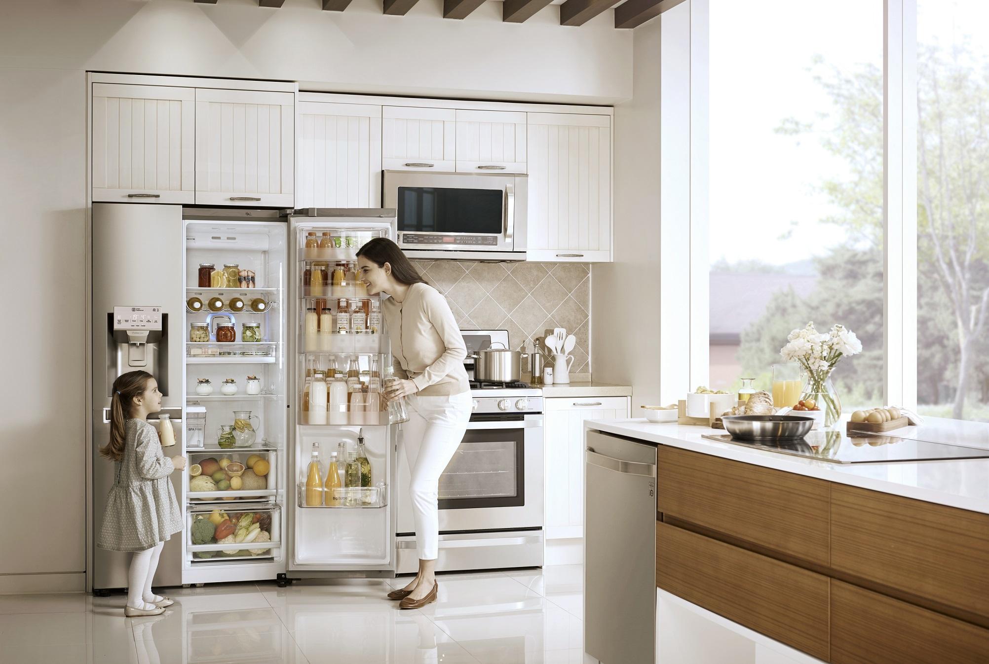 Side By Side Kühlschrank Sprudelwasser : Lg erneuert sein side by side kühlgeräteangebot mit energiesparenden